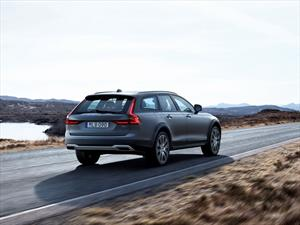 Aventura sueca con el Volvo V90 Cross Country 2017