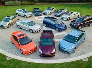 Toyota coloca más de 9 millones de autos híbridos