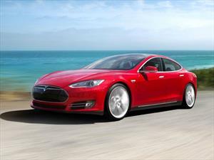 Tesla Model S P90D, un sedán eléctrico con más de 750 hp