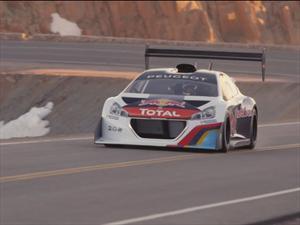 Sébastien Loeb y el Peugeot 208 T16 llegan a Pikes Peak
