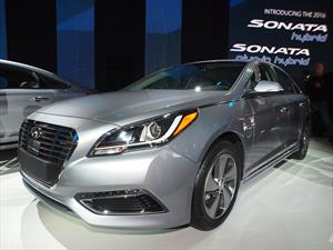 Hyundai Sonata Hybrid 2016 se moderniza