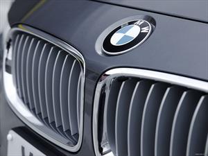 BMW construye su planta en México