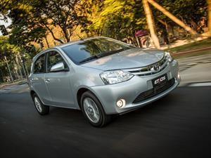 El Toyota Etios se actualiza en Brasil