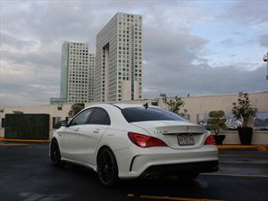 Mercedes-Benz CLA 45 AMG 2014 a prueba