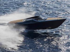 Aston Martin AM37, surca los mares con más de mil caballos