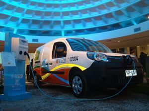 Renault entrega 30 Kangoo ZE eléctricas