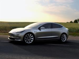 Tesla recibe 276,000 órdenes del Model 3