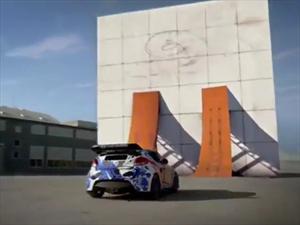 Hyundai Veloster hace giro en un muro