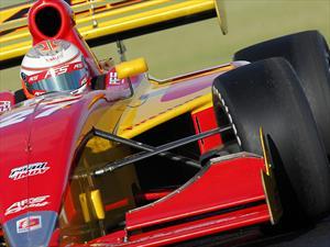Sebastián Saavedra sigue firme en la Indy Lights