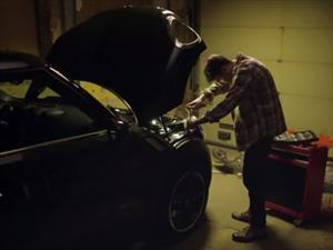 Video: Un proyector en los faros de un MINI