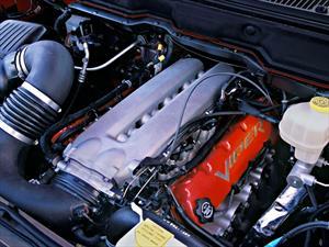 Conoce los vehículos de Chrysler que usaron el V10 del Viper