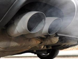 ¿Qué debo hacer para que el aceite alargue la vida del motor?