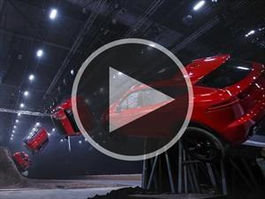 Video: Espectacular salto récord de la Jaguar E-Pace