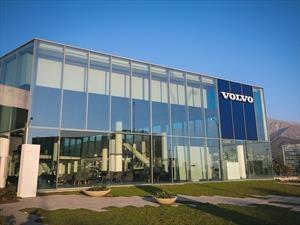 Volvo Chile inaugura moderna casa matriz en La Dehesa