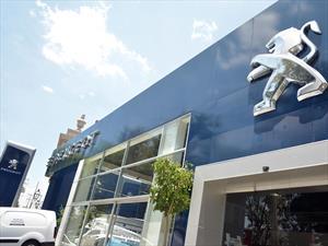 Peugeot reinaugura agencia en Guadalajara