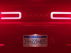 Deléitate con el rugido del Dodge Challenger SRT Demon 2018