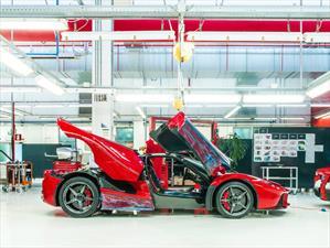 Ferrari llama a revisión a 85 LaFerrari