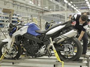 BMW abre planta de motocicletas en Brasil