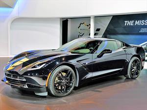 """Chevrolet Corvette Stingray de """"La Viuda Negra"""" en el Salón del Automóvil de Chicago"""