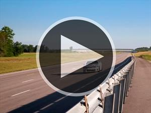 Video: Admira como el Dodge Charger SRT Hellcat alcanza los 329 Km/h