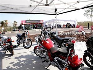 Derco lanza la primera escuela certificada de conducción en motos