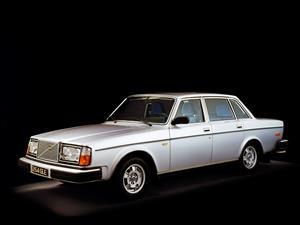 El emblemático Volvo 240 cumple 40 años