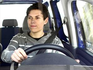 La Generación Z prefiere autos eficientes en lugar de utilitarios y deportivos