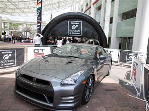 Participa en el Nissan GT Academy y deja el simulador para ser piloto profesional