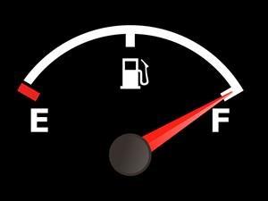 Los 20 automóviles que menos gasolina consumen