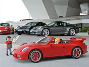 Porsche 911 Carrera S con sello Playmobil