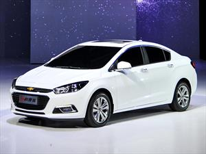 Chevrolet Cruze 2015 debuta