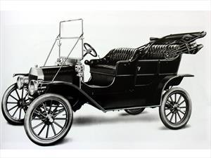 ¿Sabes de dónde viene el nombre del Ford T?