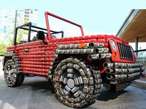 Un Jeep Wrangler hecho de más de 4,500 latas