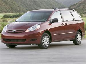 Toyota llama a revisión 22,700 vehículos Sienna en México