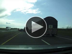 Video: Una pelea en la ruta que termina mal