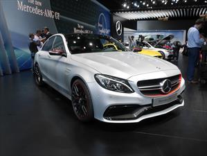 Mercedes-Benz C63 AMG 2015, bestia teutona con hasta 510 hp