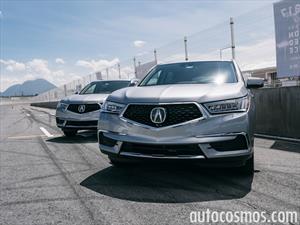 Acura MDX 2017 llega a México en $819,900 pesos