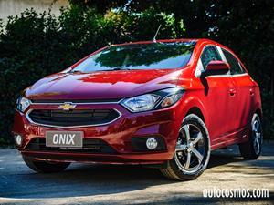 Chevrolet Onix 2017 al fin se lanza en Chile desde $8.390.000