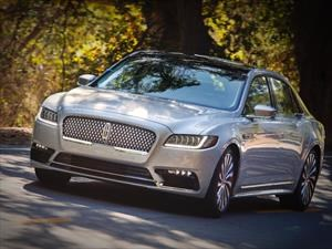 Lincoln tendrá versiones híbridas y eléctricas de sus modelos en 2022