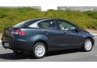 Mazda 2 Sedán: Estreno en Chile