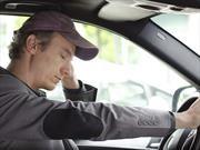 Automovilistas no se detienen cuando sufren de somnolencia