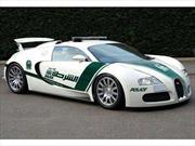 La policía de Dubai patrulla la ciudad con un Bugatti Veyron