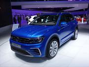 Volkswagen Tiguan GTE Concept, un híbrido con celdas solares en el techo