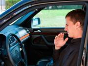 5 motivos por los que su auto puede oler a gasolina
