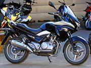 Suzuki motos presenta su gama 2014