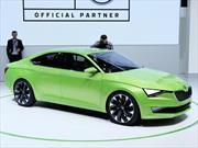 Skoda VisionC Concept, jugando en terrenos de Audi