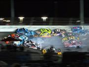 Impresionante accidente en la NASCAR