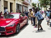 El primer auto norteamericano que llega a Cuba es un...