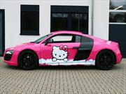 Audi R8 V10 RacingOne Candy-Pink Hello Kitty Design por Cam Shaft