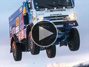 Camión Kamaz del Dakar salta de manera épicoa